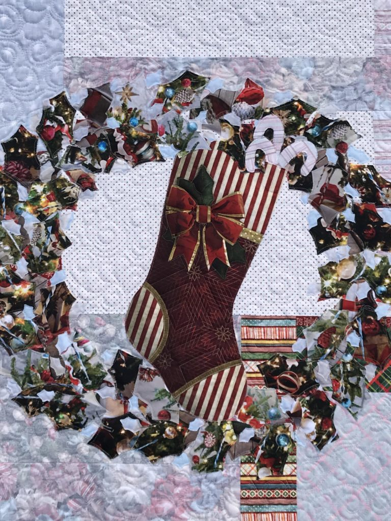 Image of Wreath Quilt Closeup